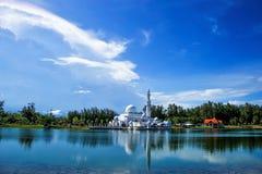 Мечеть с отражением Стоковое Изображение