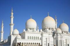 мечеть dhabi ahu грандиозная Стоковые Фотографии RF