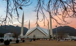Мечеть Faisal в Исламабаде, Пакистане Стоковые Изображения