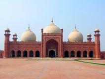 мечеть lahore badshahi стоковое изображение rf