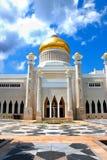 мечеть omar ali saifuddien стоковые изображения