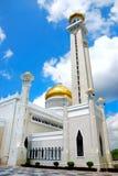 мечеть omar ali saifuddien стоковое изображение