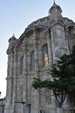 Мечеть Ortakoy и мост Bosphorus в Стамбуле Турции Стоковые Изображения RF
