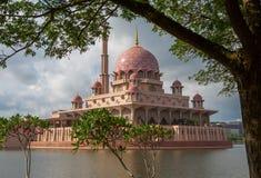 Мечеть Putra, Путраджайя, Малайзия IX Стоковые Фото