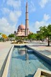 Мечеть Putra Стоковая Фотография