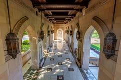Мечеть Qaboos султана грандиозная в Muscat, Омане Стоковая Фотография RF