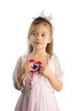 Мечтательная девушка с Рук-Произведенным сердцем Стоковое Изображение