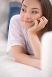 Мечтать девочка-подростка. Стоковые Изображения RF