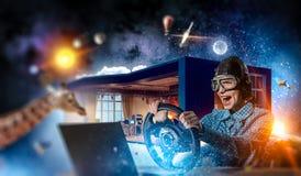 Мечтать, который нужно стать пилотом Мультимедиа Стоковые Фото