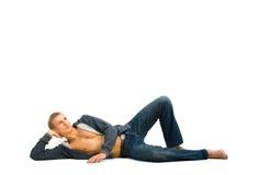 мечтать лежа детеныши человека Стоковое фото RF