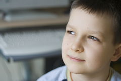 мечтать мальчика стоковая фотография