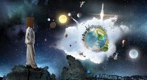 Мечтать для того чтобы исследовать космос Мультимедиа Стоковая Фотография