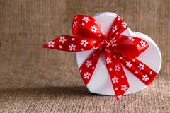 Мешковина коробки сердца Стоковая Фотография RF