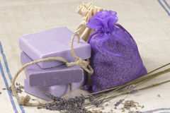 мешок цветет мыло лаванды стоковые изображения