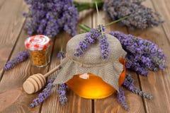 Мед лаванды Стоковые Изображения