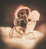 Медведи игрушки в интерьере рождества Стоковая Фотография RF