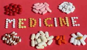 Медицина/капсулы и пилюльки Стоковое фото RF