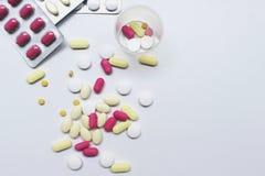 медицина на белой предпосылке Стоковое Изображение