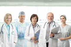 медицинская команда профессионалов портрета Стоковые Изображения