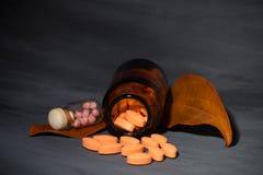 Медицинская концепция, фармацевтическая темная концепция стоковая фотография rf