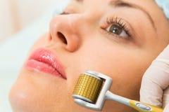 Медицинская косметическая процедура стоковые изображения