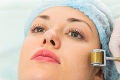 Медицинская косметическая процедура стоковое изображение