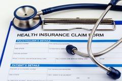 медицинская страховка принципиальной схемы изолированная над белизной Стоковое Фото