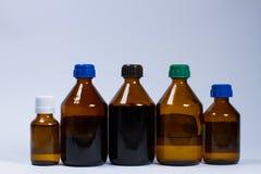 Медицинские бутылки на белизне Стоковое фото RF