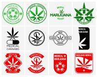 Медицинские марихуана или конопли vector установленные логотипы, ярлыки и эмблемы иллюстрация вектора