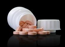 Медицинские упаковывая пилюльки банка Стоковые Фотографии RF
