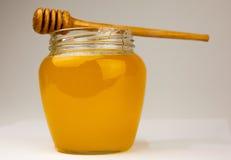 Мед на белизне Стоковое фото RF