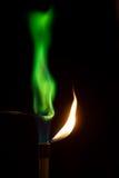 Медный сульфат горя в воздухе с зеленым пламенем Стоковое фото RF
