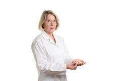 Медсестра с много различных лекарств Стоковое Изображение RF