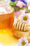 Мед цветка и хлеб пшеницы Стоковое Изображение