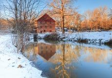 Мельница бега Colvin в зиме, больших падениях Вирджинии Стоковое Фото