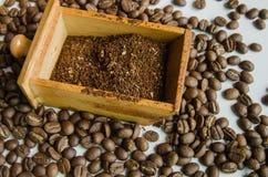 Меля кофе Стоковое фото RF