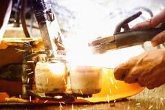 Мигающий огонь инструмента заварки Стоковая Фотография RF