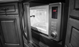 Микроволна - кухонные приборы стоковые фотографии rf