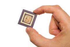 Микропроцессор в руке стоковая фотография rf