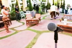 Микрофон в партии Нового Года бесплатная иллюстрация