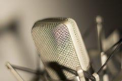 Микрофон голоса студии аудиозаписи вокальный Стоковые Фотографии RF