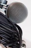 Микрофон и кабели XLR Стоковые Фотографии RF