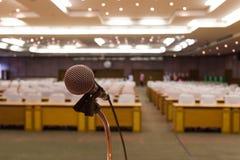 Микрофон конференц-зала конференц-зал Стоковые Фотографии RF