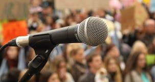 микрофон на этапе акции видеоматериалы