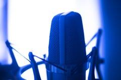 Микрофон voiceover студии Стоковая Фотография
