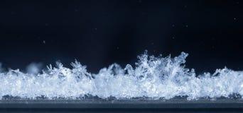 Микро- ландшафт снега на окне Стоковые Фотографии RF