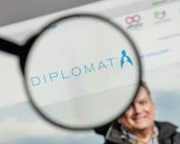 Милан, Италия - 10-ое августа 2017: Логотип фармации дипломата на мы Стоковое Изображение