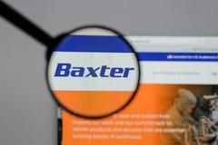 Милан, Италия - 10-ое августа 2017: Логотип Baxter международный на стоковые фото