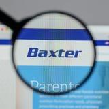 Милан, Италия - 10-ое августа 2017: Логотип Baxter международный на стоковое фото
