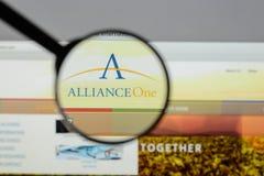 Милан, Италия - 10-ое августа 2017: Websi союзничества одного международное Стоковая Фотография